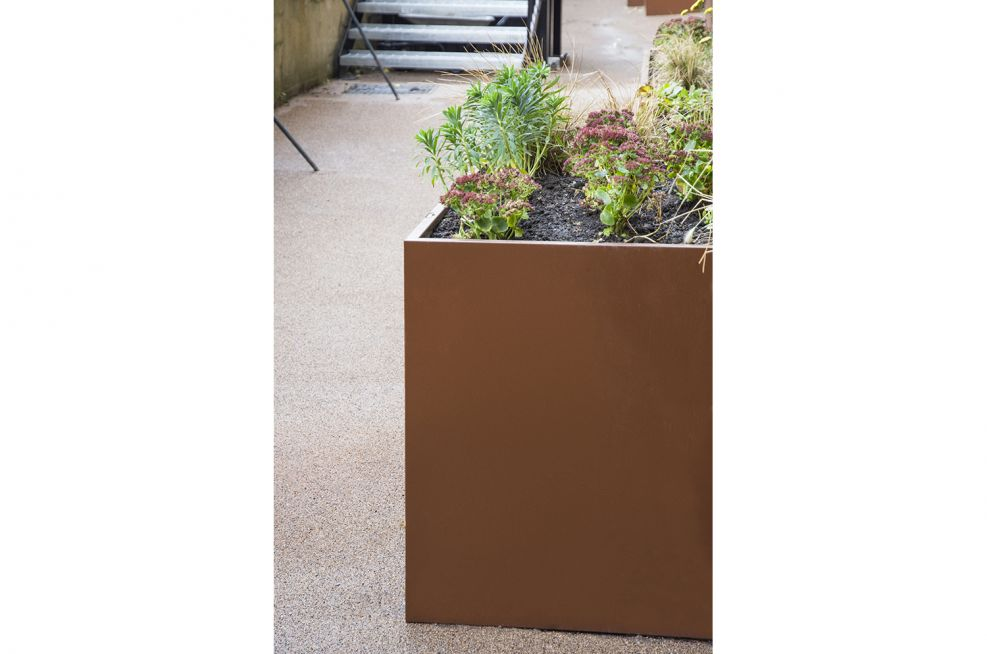 Powder Coated Planters in RAL 8011 [Nut brown]